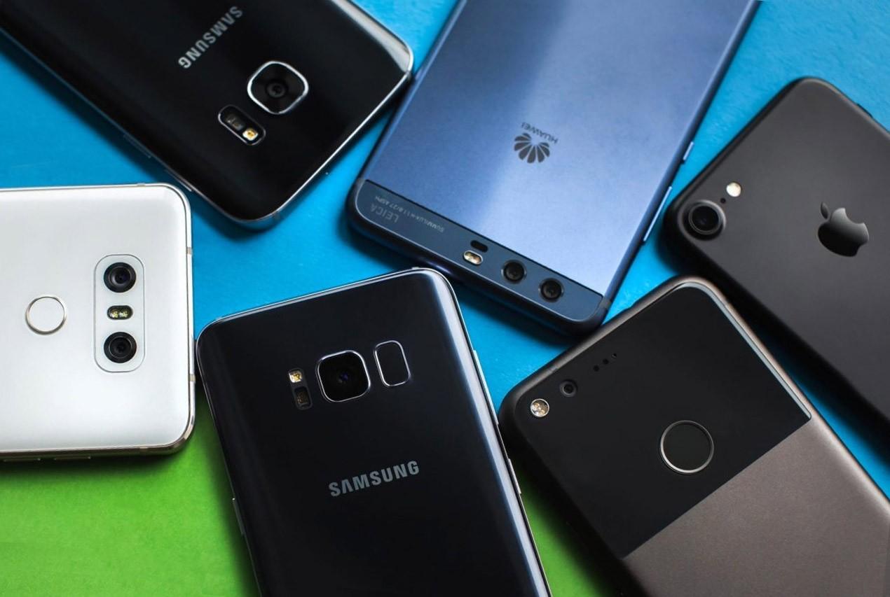 Смартфоны с хорошей камерой до 15 тысяч рублей