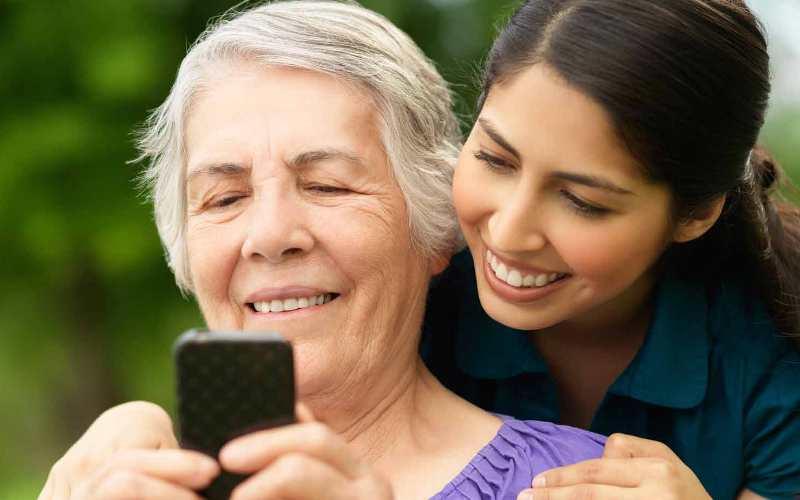 Рейтинг лучших смартфонов для пожилых людей в 2020 году (декабрь)