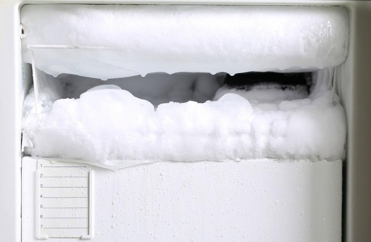 Как часто размораживать холодильник с капельной системой