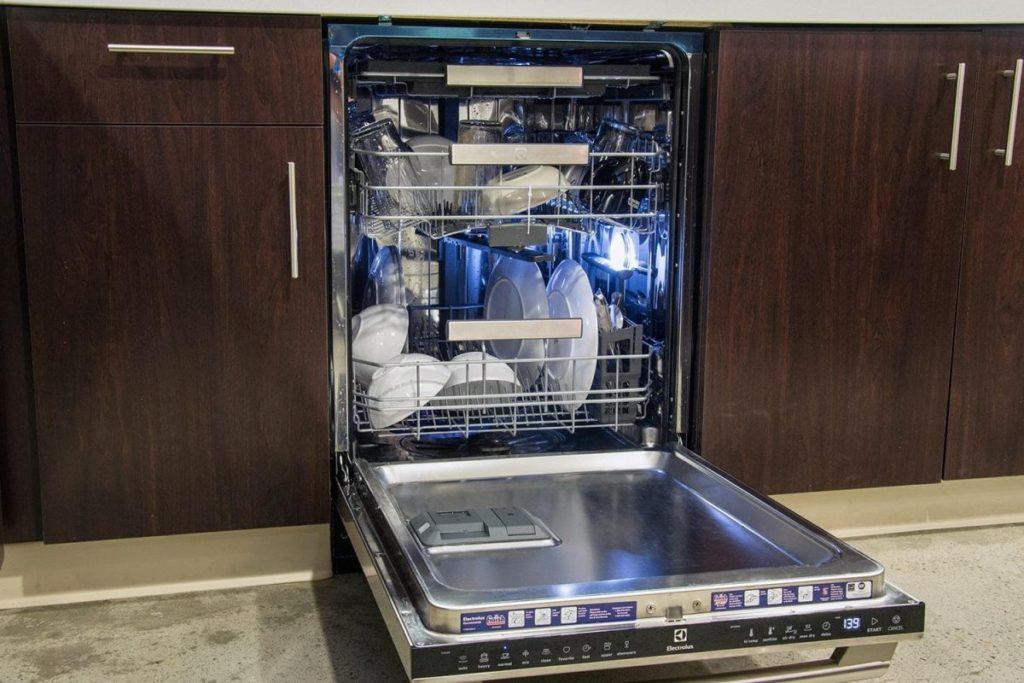 Рейтинг лучших встраиваемых посудомоечных машин