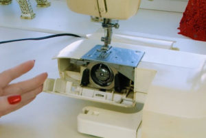 Челноки для швейных машин - виды и советы по выбору