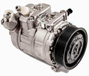 При охлаждении воздуха компрессор кондиционера может отключаться при достижении нужной температуры