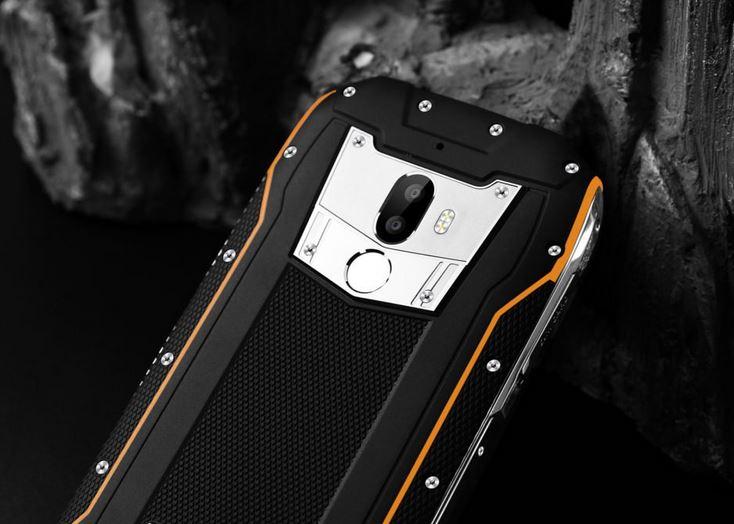 ТОП-8 смартфонов с мощным аккумулятором