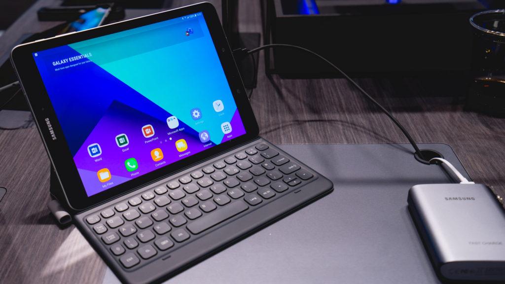 ТОП-10 лучших планшетов с клавиатурой